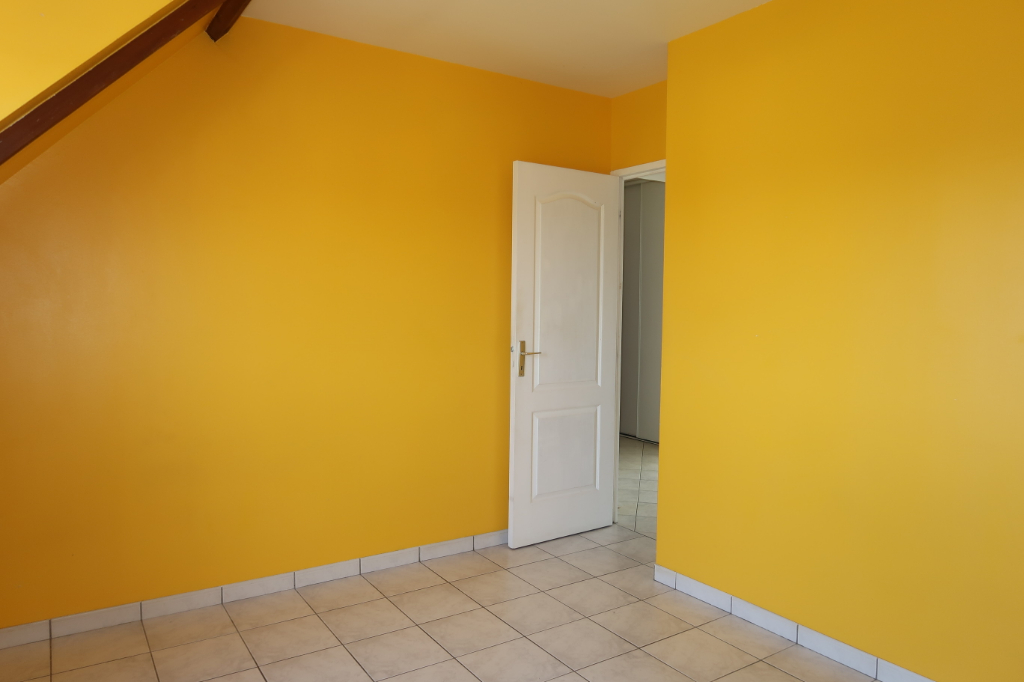 APPARTEMENT F3 - CENTRE DE NOGENT LE ROI