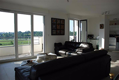 Appartement Epernon 5 pièce(s) 138 m2