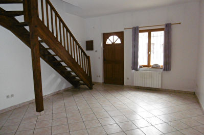 A VENDRE - APPARTEMENT 39 M² - NOGENT LE ROI - PARKING
