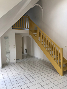 A VENDRE - APPARTEMENT - EPERNON - F2