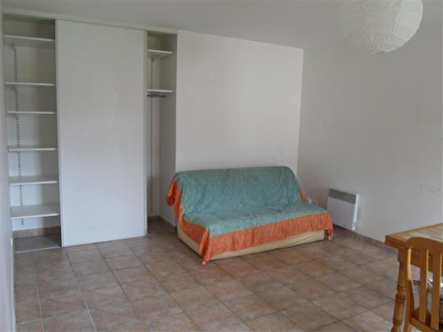 A VENDRE - APPARTEMENT - EPERNON - 1 PIECE