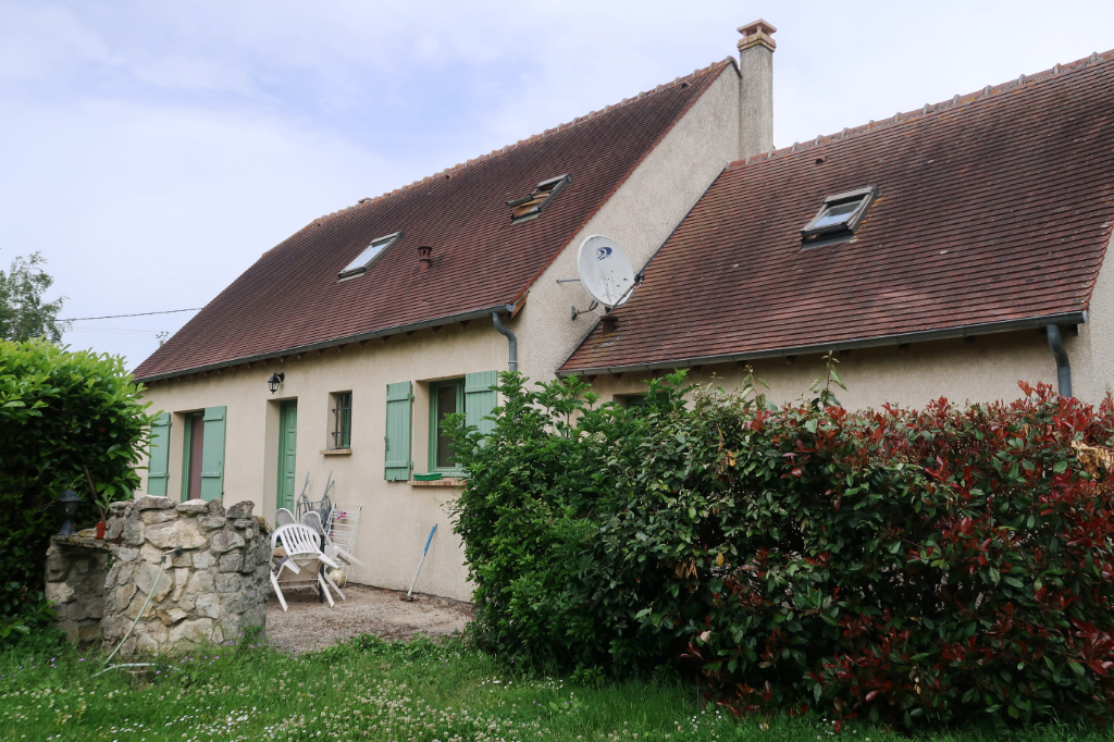 Proche Tremblay Les Villages - Maison traditionnelle 4 chambres
